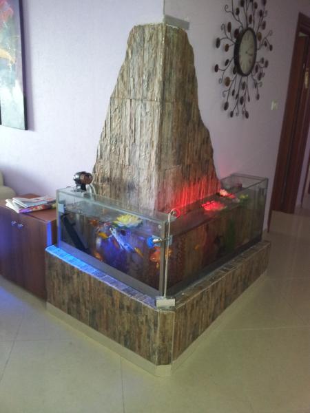 встроенный аквариум
